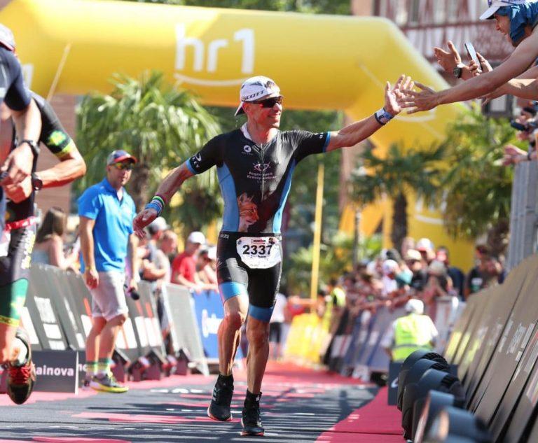 Jochen Burkart qualifiziert sich für den Ironman in Hawaii
